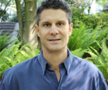 Dr Stuart Kilian